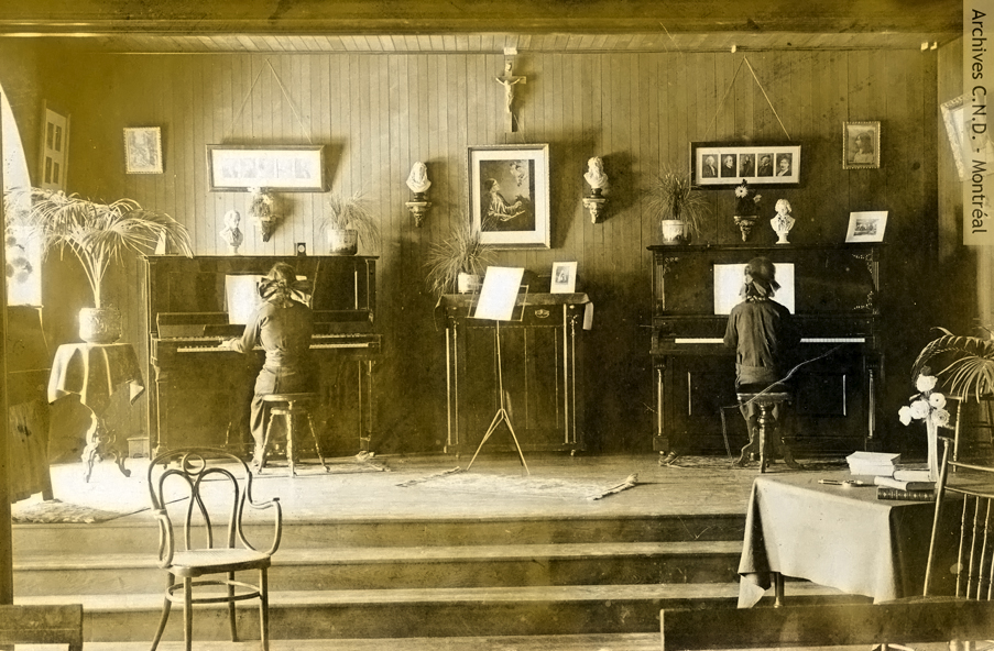 First music and theatre room at the convent