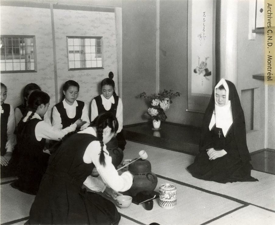 Tea ceremony with Sister Sainte-Marie-Theophane-Venard (Maria Germana Mazaka Anazawa) at Kita-Kyushu-Sui School,