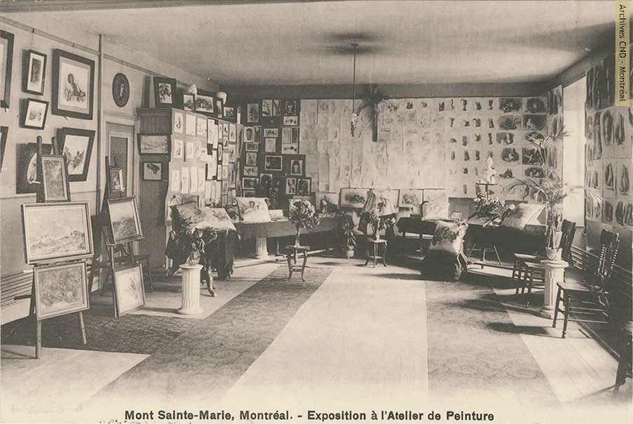 Exhibition at the painting studio of pensionnat Mont Sainte-Marie